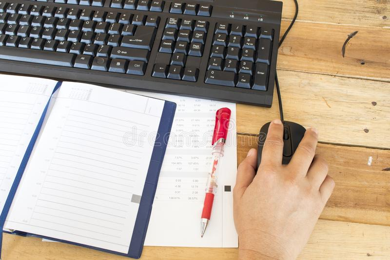Notatnika planista, sprawozdanie finansowe dla biznesowej pracy obrazy royalty free