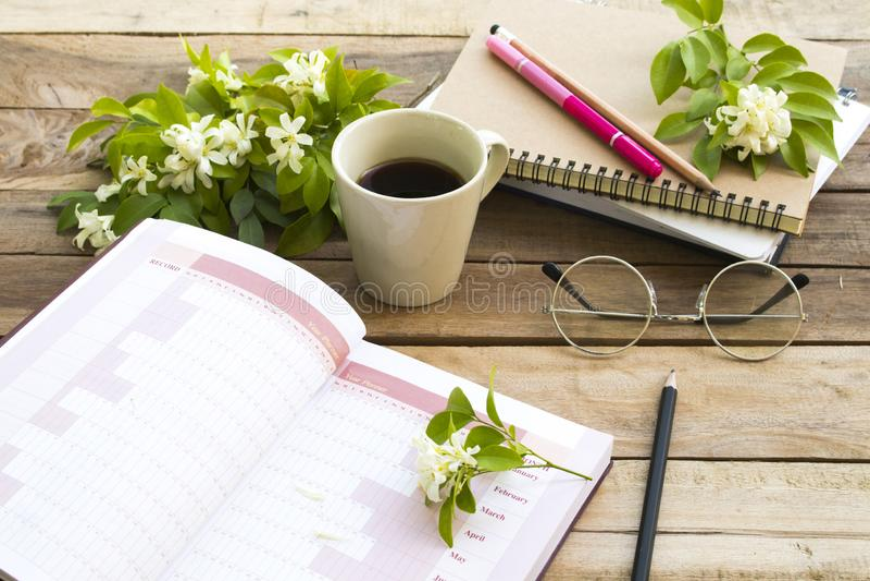 Notatnika projekta roku planista dla biznesowej pracy zdjęcia stock