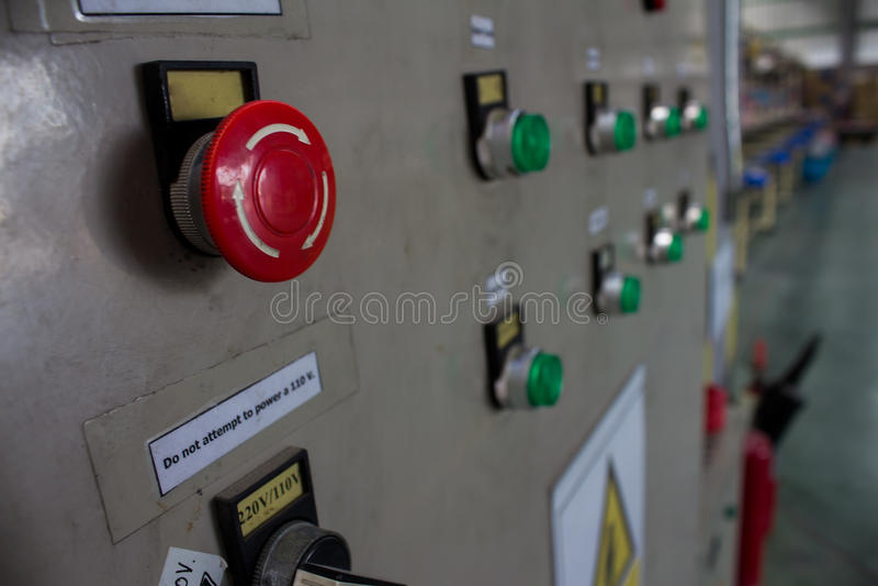 Notausknopf Fließbandmontage lizenzfreies stockbild