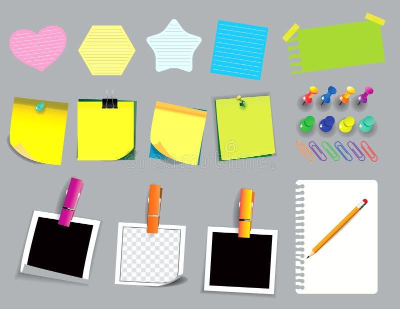 Note collante colorée ou papier déchiré employant dans l'école, le travail ou l'activité de bureau illustration libre de droits