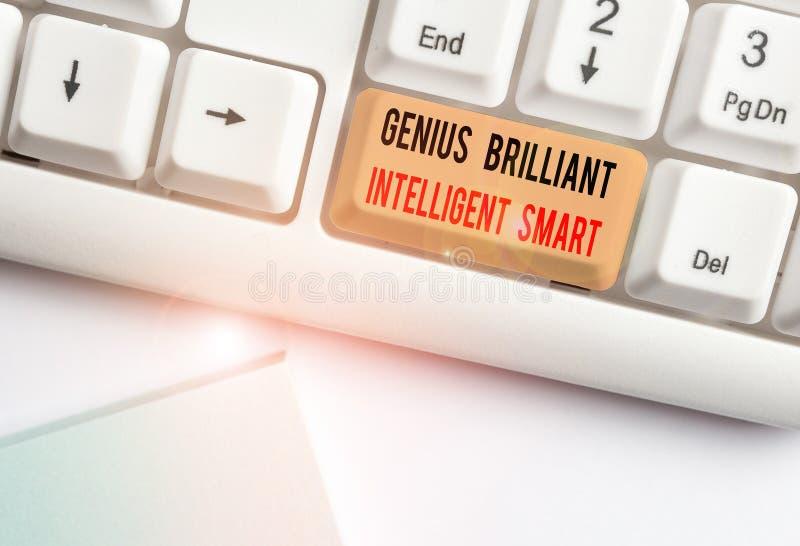 Note d'écriture montrant Génie brillant intelligent intelligent Photo d'entreprise présentant Clever Bright Knowledge Intelligenc image stock