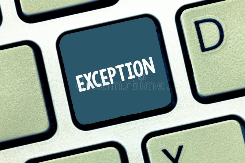 Note d'écriture montrant l'exception Démonstration ou chose de présentation de photo d'affaires qui sont exclues de la déclaratio photographie stock