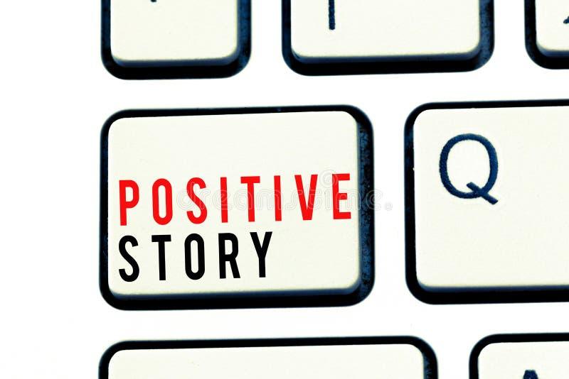 Note d'écriture montrant l'histoire positive Présentation de photo d'affaires signicative et scoop de succès de bonnes actualités image libre de droits