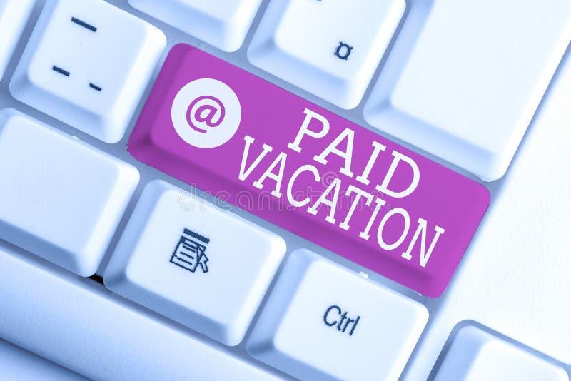 Note d'écriture montrant le congé payé Photo d'entreprise montrant Sabbatical Week-end de vacances Indemnités de congés payés PC  photos stock