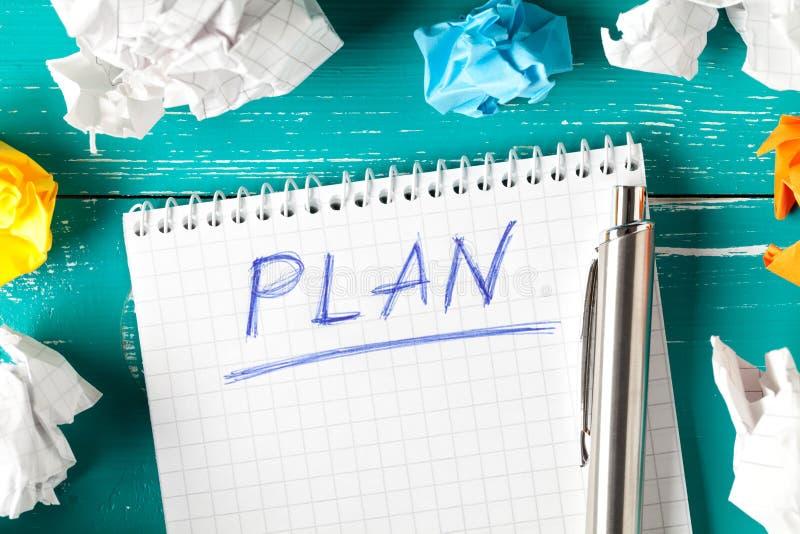 Notepad com conceito de plano imagem de stock royalty free