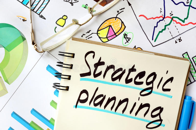 Notepad z szyldowym planowaniem strategicznym obraz royalty free