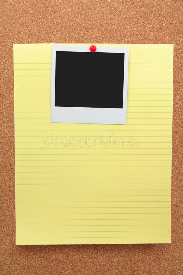 Free Notepaper And Blank Photo Royalty Free Stock Photo - 1488415