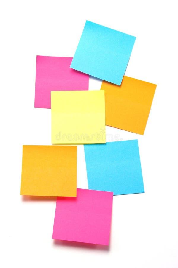 Notes collantes colorées - format vertical photographie stock