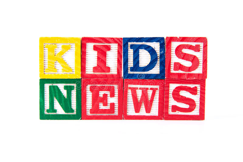 Noticias de los niños - bloques del bebé del alfabeto en blanco fotografía de archivo libre de regalías
