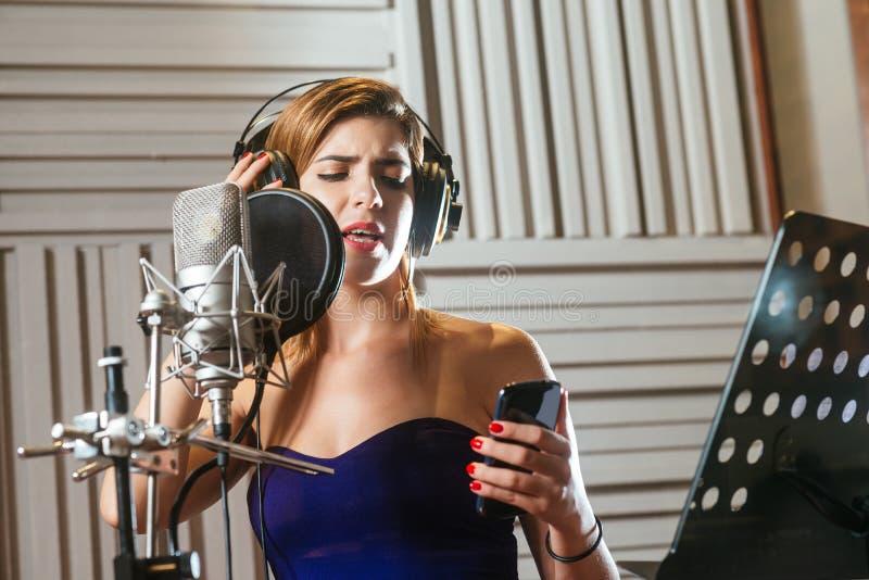 Notieren eines Liedes lizenzfreie stockfotografie