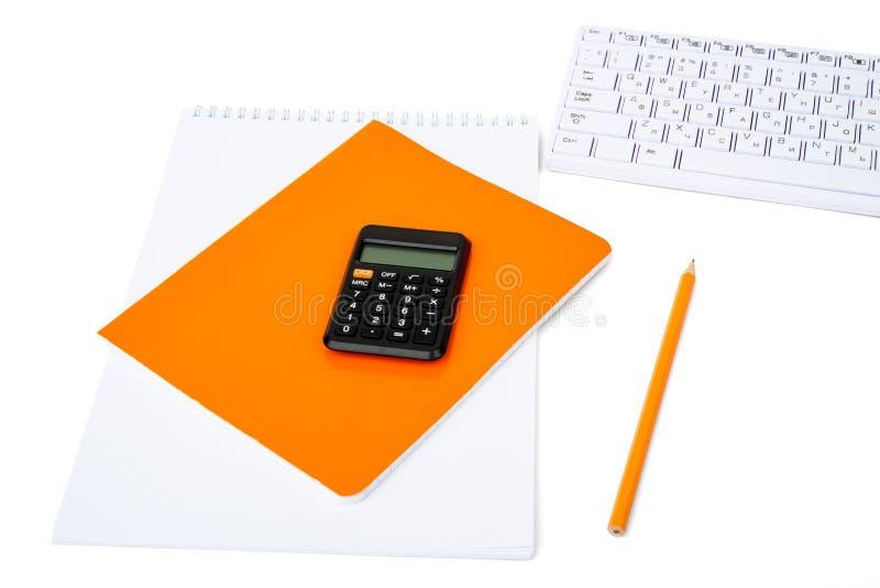 Notitieboekjes met toetsenbord stock afbeelding
