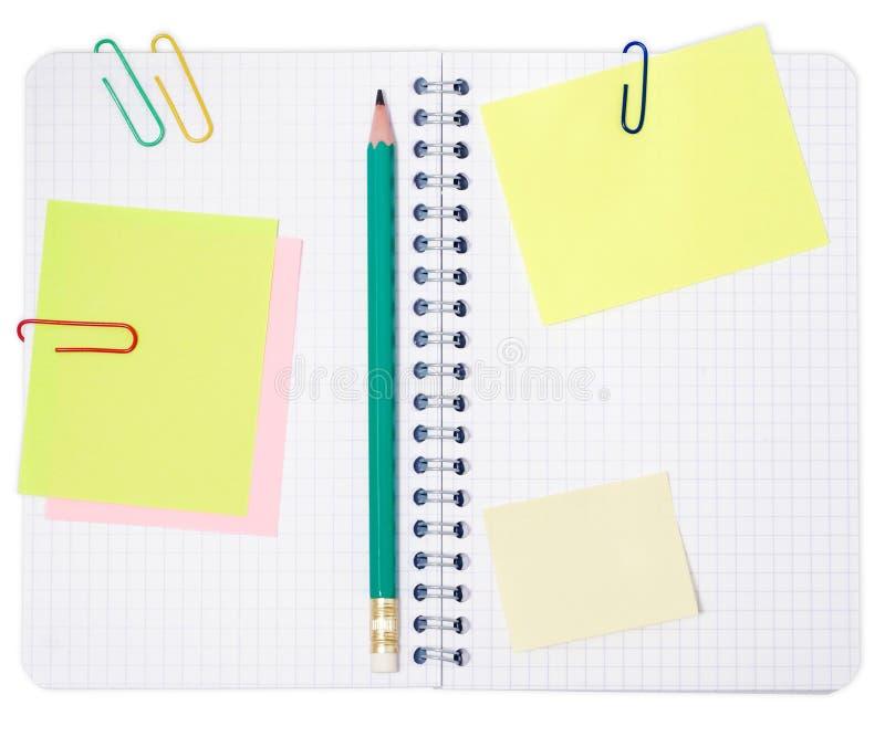 Notizbuch mit Bleistift   lizenzfreies stockbild