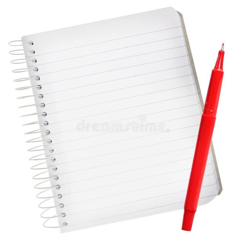 Notizbuch mit roter Feder lizenzfreie stockbilder