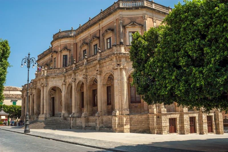 Noto - Palazzo Ducezio imagen de archivo