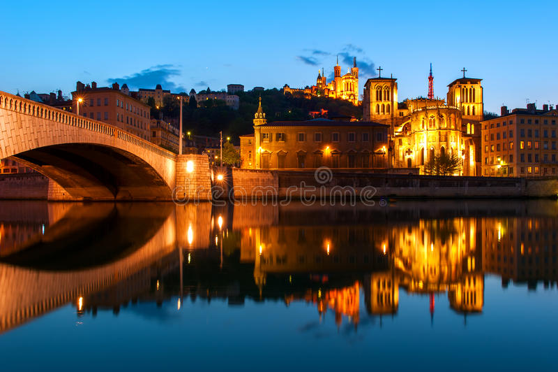 Notre Dame大教堂在Fourviere小山,利昂,法国的 免版税库存照片