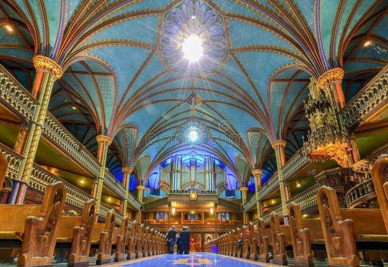 Notre-Dame basilika - Montreal, Kanada fotografering för bildbyråer