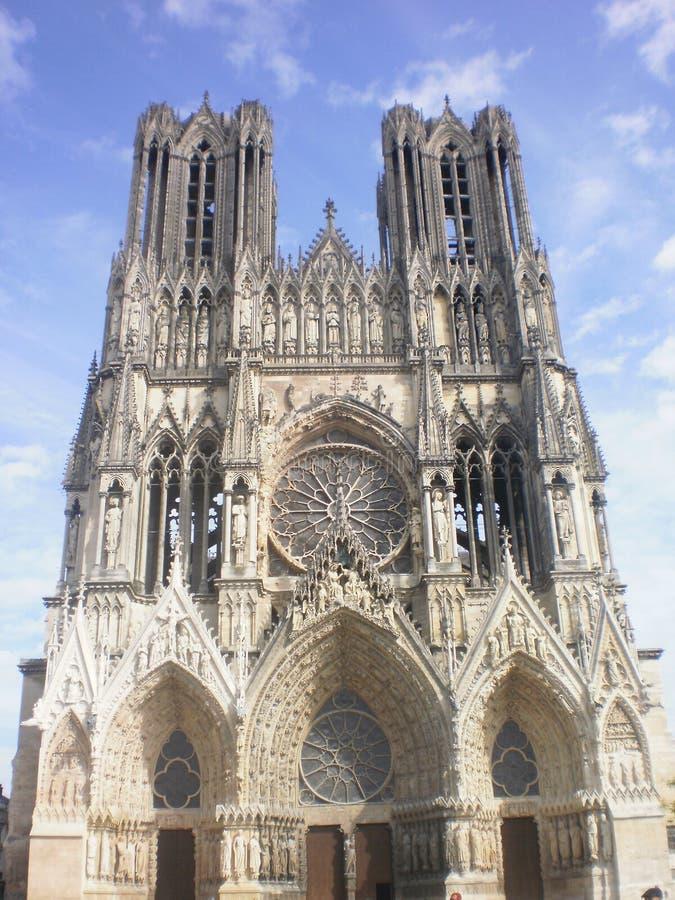 Notre Dame Cathedral à Reims (Frances) image libre de droits