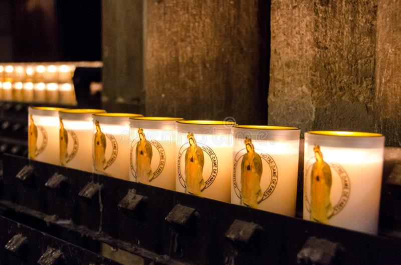 Notre Dame Cathedral Candles foto de stock