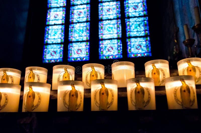 Notre Dame Cathedral Candles images libres de droits
