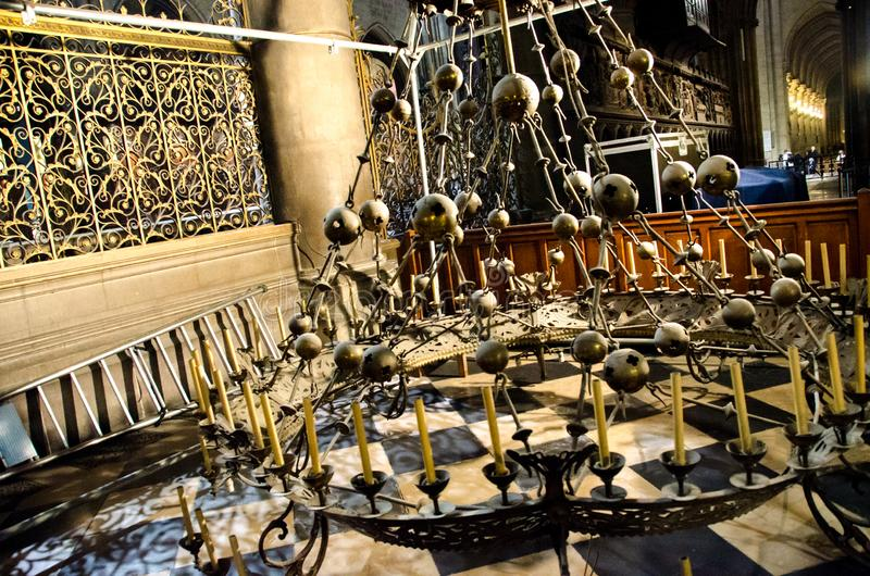 Notre Dame Cathedral Chandelier royalty-vrije stock afbeelding