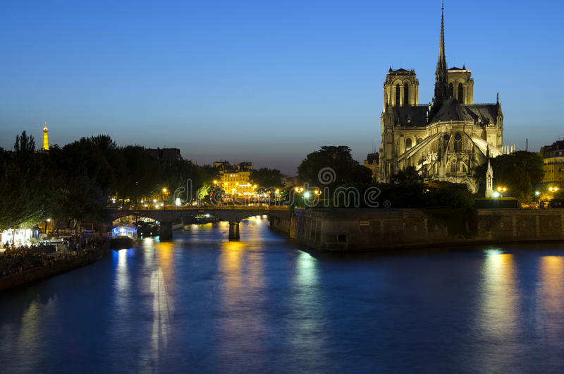 Download Notre Dame Cathedral In Paris At Night Editorial Photography - Image: 26785187