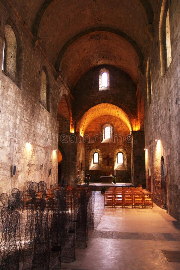 Notre-Dame de Boscodon abbotskloster, Crots by, Frankrike arkivfoton