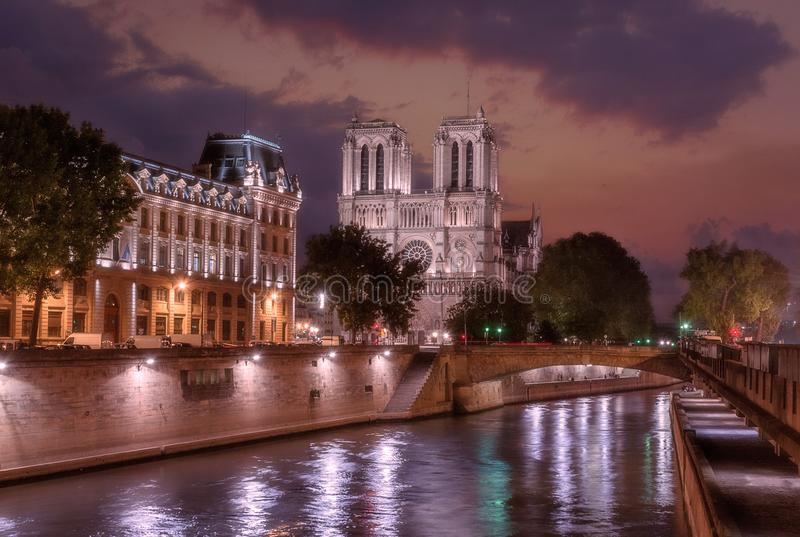 Notre Dame De catedral Paris images libres de droits