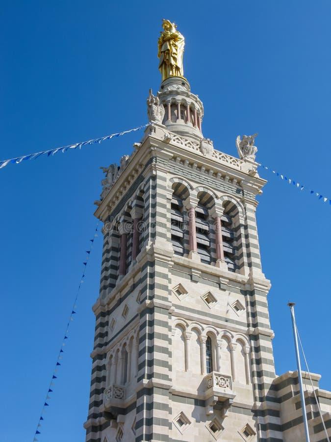 Notre Dame de la加尔德角,一间宽容大教堂和朝圣站点在马赛 库存照片