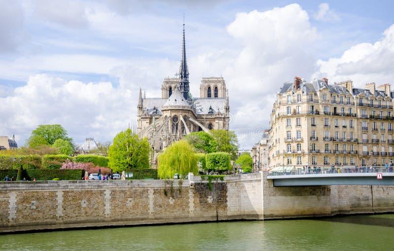 Notre Dame de Paris Catholic Christian Cathedral fotografering för bildbyråer