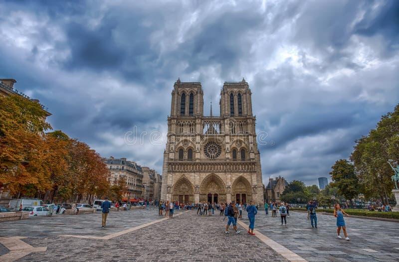 Notre Dame de Paris Chatedral en París, Francia fotos de archivo libres de regalías