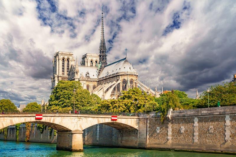 Notre Dame de Paris, Fran?a fotografia de stock