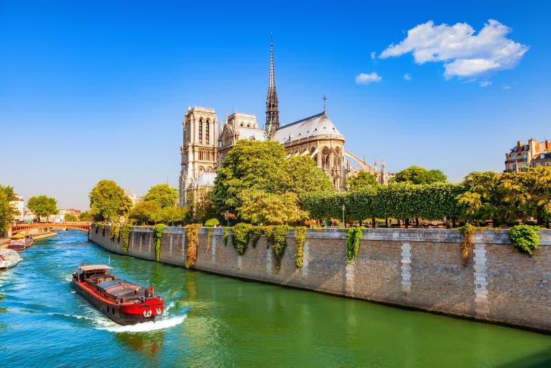 Notre Dame de Paris, Fran?a fotografia de stock royalty free