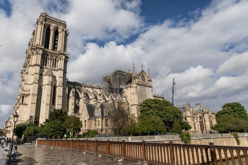 Notre Dame De Paris, Francja po ogienia obraz stock