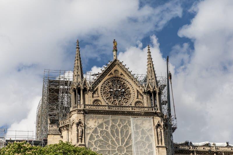 Notre Dame de Paris, Frankrike efter branden arkivfoton