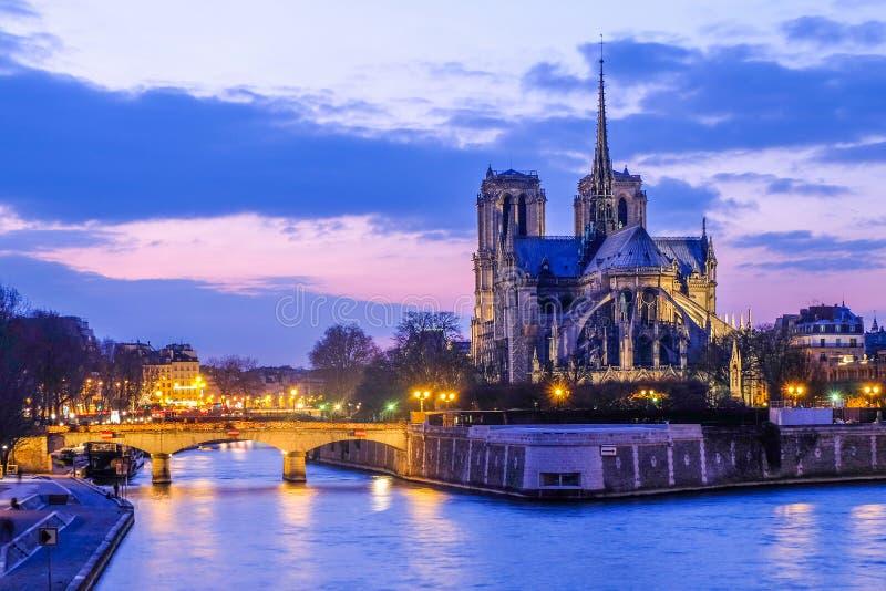 Notre Dame domkyrka, Paris, Frankrike royaltyfria bilder