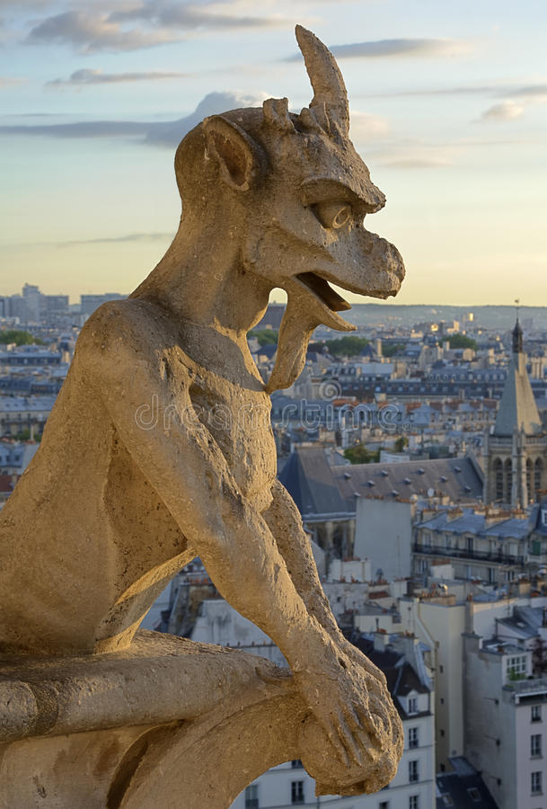 Notre Dame Gargoyle Statue Royalty Free Stock Photography