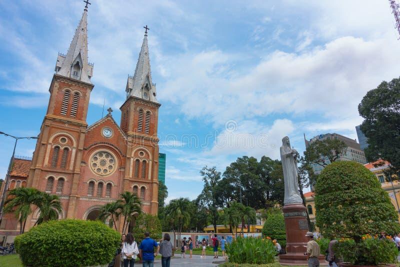 Notre-Dame Katedralna bazylika Ho Chi Minh miasto - Wrzesień 2017, Ho Chi Minh miasto, Wietnam fotografia royalty free