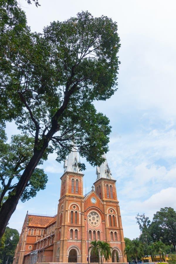 Notre-Dame Katedralna bazylika Ho Chi Minh miasto - Wrzesień 2017, Ho Chi Minh miasto, Wietnam zdjęcia royalty free