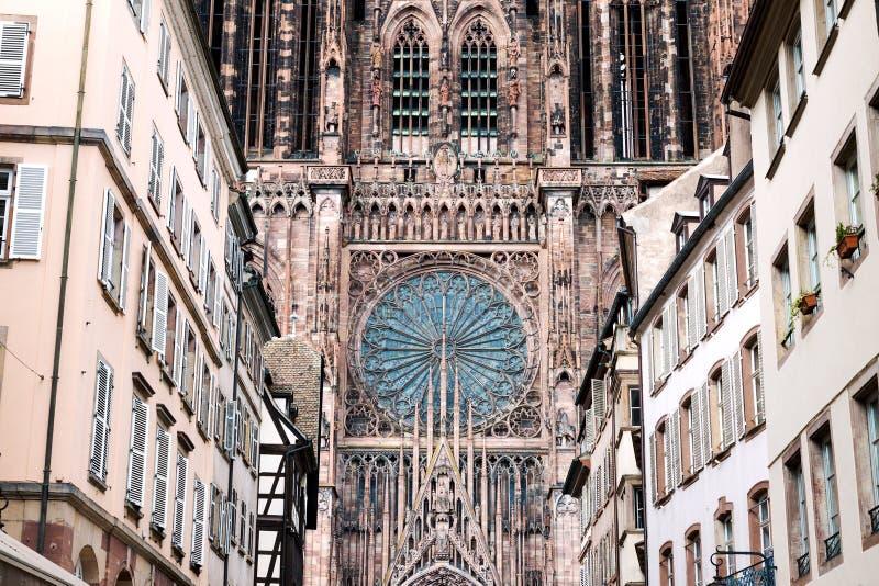 Notre Dame-Kathedrale in Straßburg stockbilder