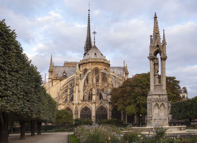 Notre Dame a Parigi immagini stock libere da diritti