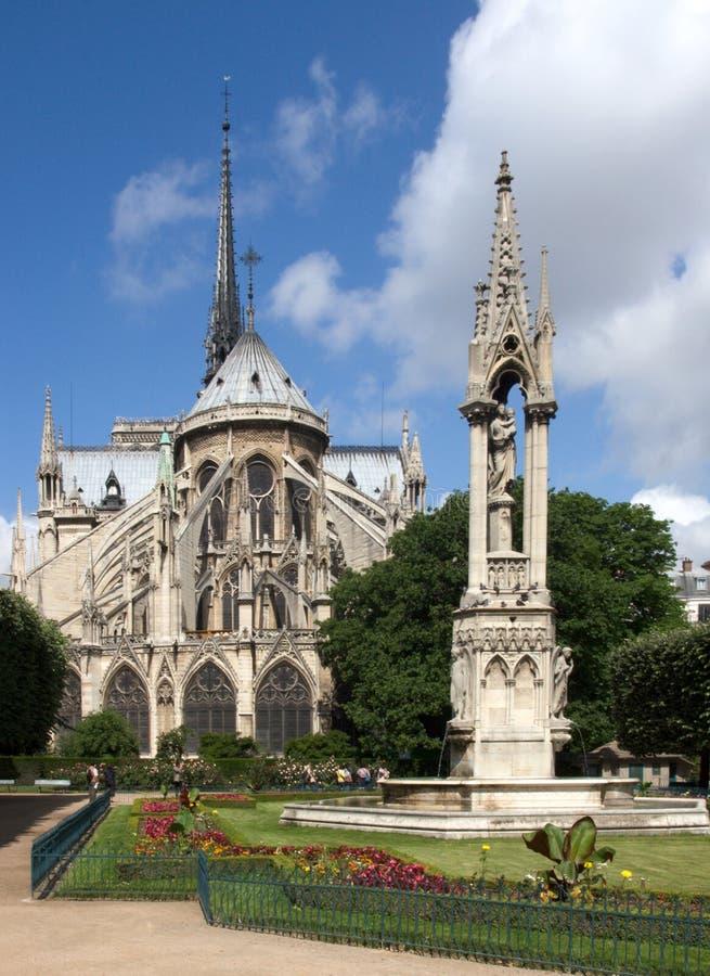 Notre Dame - retrovisione fotografie stock