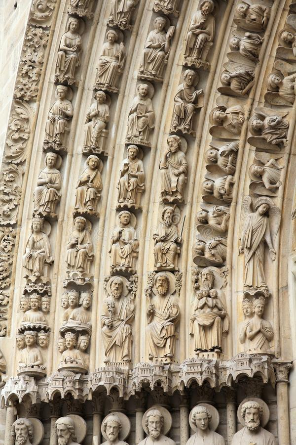 Notre-Dame stenhuggeriarbete arkivfoton