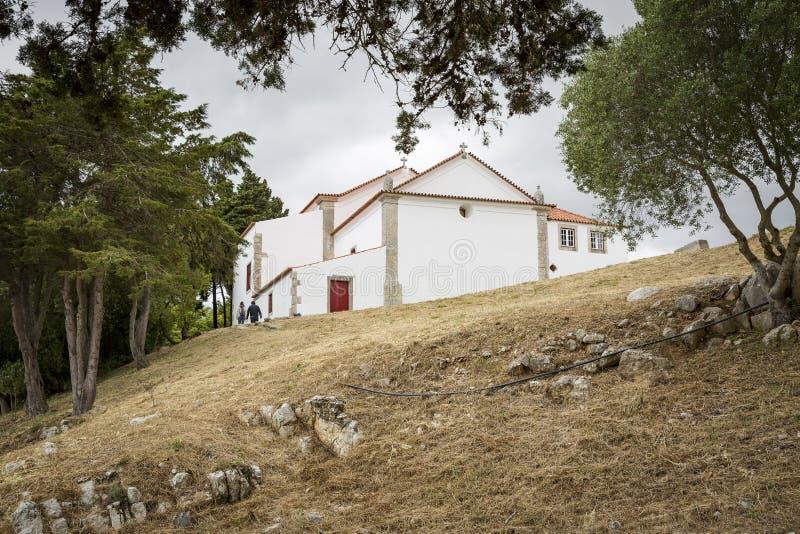 Notre Madame d'église de consolation à l'intérieur du château de Sesimbra photo stock
