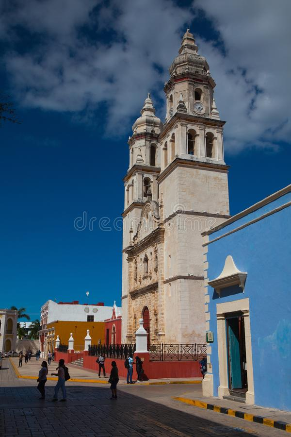 Notre Madame de la cathédrale de conception impeccable dans Campeche, photographie stock