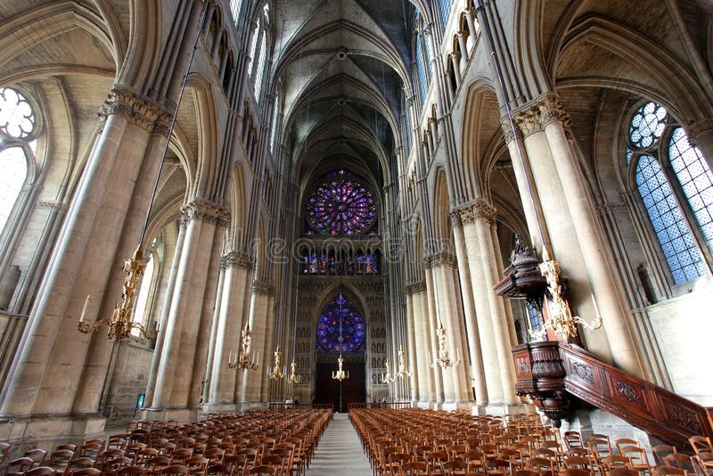 notre reims dame Франции собора стоковые изображения rf