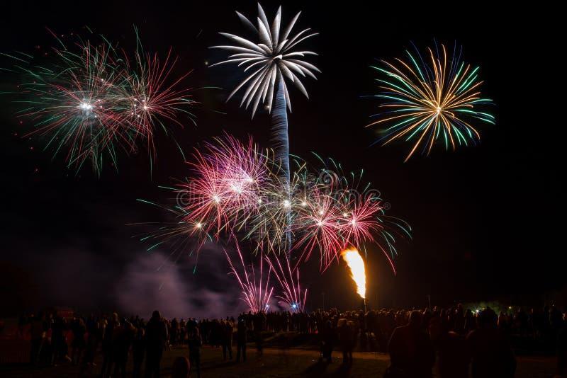 Notte del ` del cavaliere del ` del fuoco d'artificio di Yeovil Showground fotografie stock libere da diritti