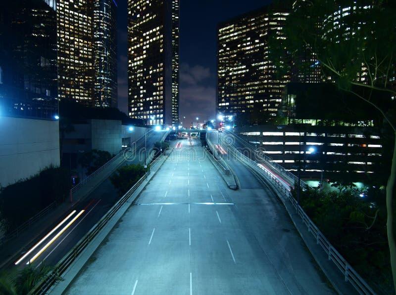 Notte del centro di Los Angeles fotografie stock libere da diritti