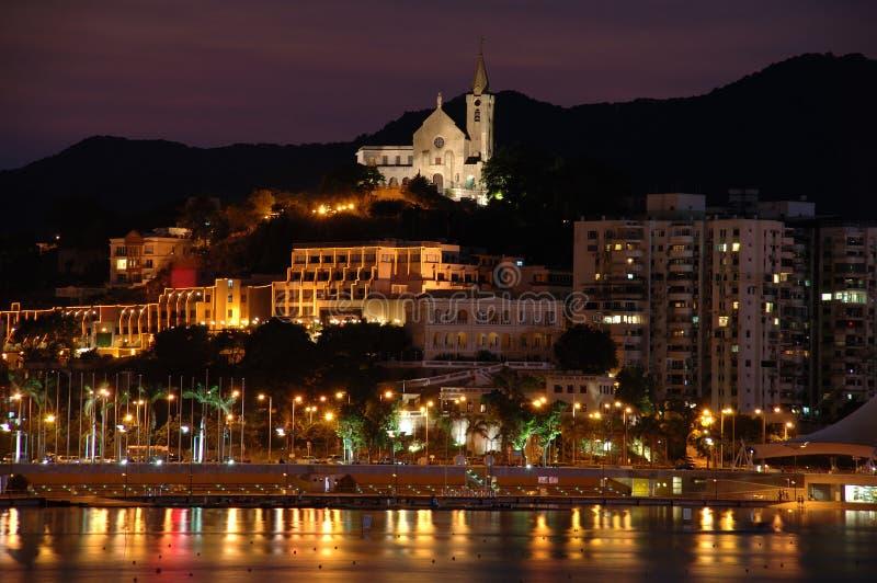 Notte della città e della chiesa di Macau fotografia stock libera da diritti