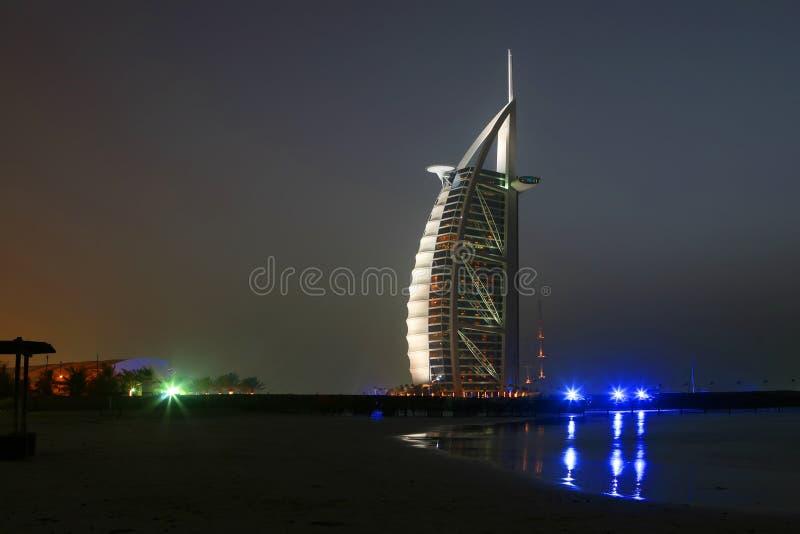 Notte della Doubai fotografie stock libere da diritti