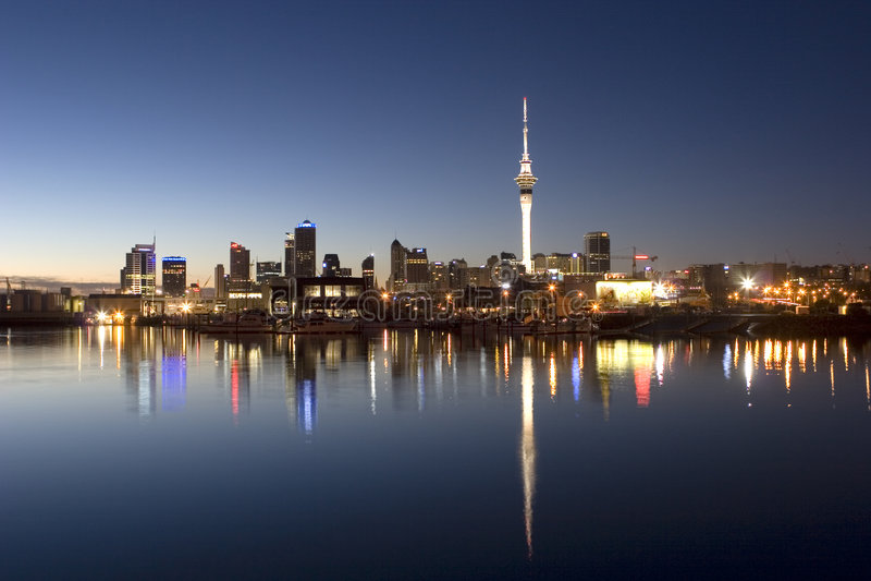 Notte di Auckland fotografie stock libere da diritti